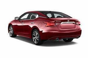 2017 Nissan Maxima Reviews and Rating | Motor Trend