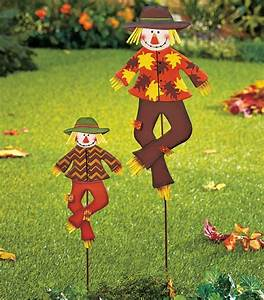Diy Stakes For Christmas Lights 15 Outdoor Decorations To Transform Your Yard For Fall