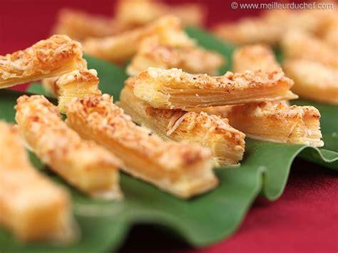 allumettes au fromage fiche recette illustr 233 e meilleurduchef