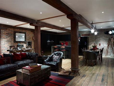 brick warehouse  london