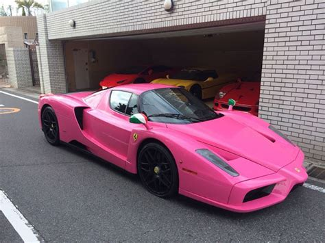 bright pink ferrari enzo spotted  japan