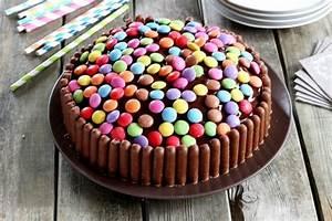 rezept fur bunte smarties torte With idees pour la maison 17 recette gateau au yaourt multicolore
