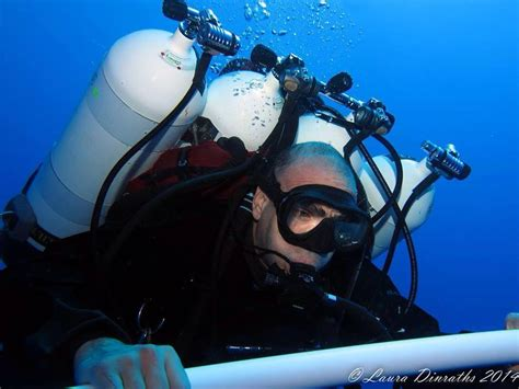 egyptian breaks world records  deepest sea dive