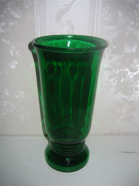 Antique Coloured Glass Vases by Vintage Napco Green Colored Glass Flower Vase For Sale