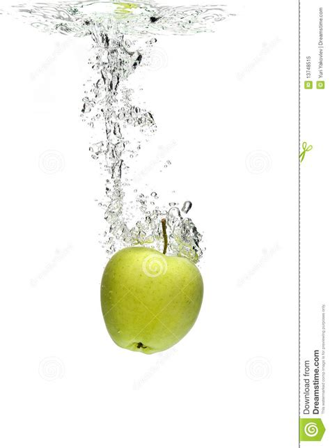 how much water is in an apple apple in water royalty free stock photo image 13748515
