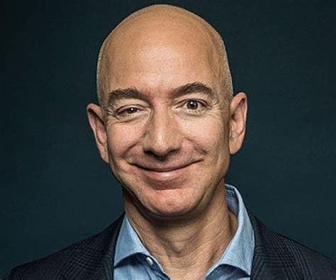 Jeff Bezos Biography - Facts, Childhood, Family Life ...