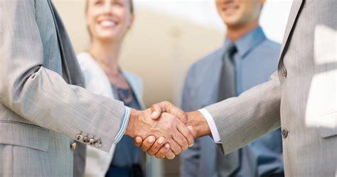 recrutement et executive search cabinet base