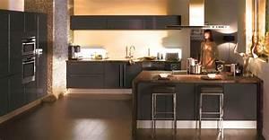 couleur mur cuisine bois kirafes With quelle couleur avec du taupe 4 cuisine blanche mur bleu canard