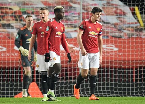 Paul Pogba explains where Man Utd went wrong in Man City ...