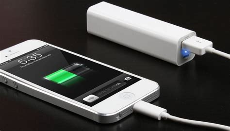 portable chargers for iphone best iphone power banks portable chargers to keep your