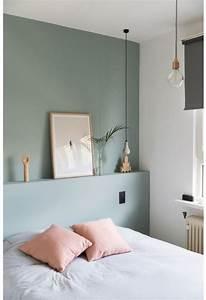 Vert D Eau Couleur : un mur vert d 39 eau pour une chambre color e et lumineuse ~ Mglfilm.com Idées de Décoration