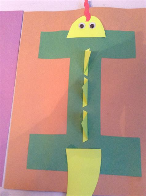 i is for iguana craft preschool craft letter of the 547 | 548a8e60ce297495bb39952ce071b992