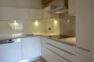 Weiß Arbeitsplatte Küche