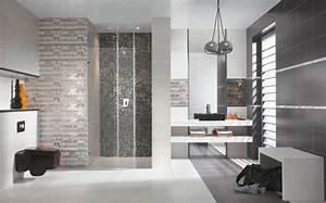 Fliesen Tapete Für Bad : graue fliesen f rs badezimmer 61 bilder die sie beeindrucken werden ~ Markanthonyermac.com Haus und Dekorationen