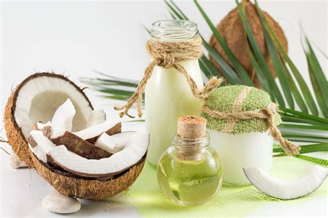 Pārvērtētais brīnumlīdzeklis: kad kokosriekstu eļļa ...