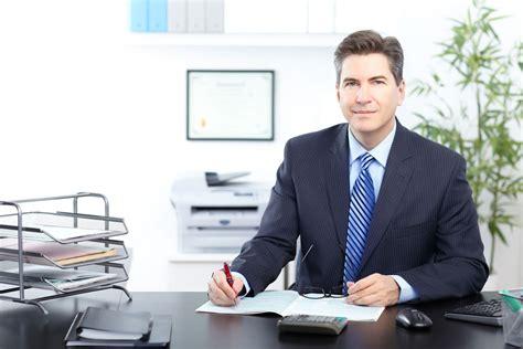 bureau de la poste directeur des opérations salaire études rôle