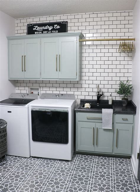 Diy Laundry Room Makeover  Sincerely, Sara D