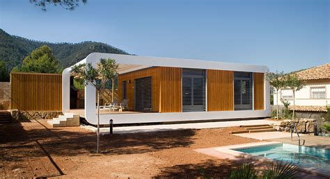 Modern Smart Country House Combines Two Prefabricated