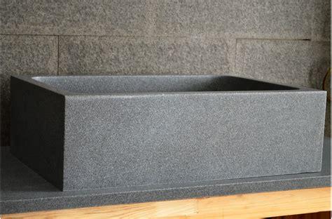 evier cuisine taille évier de cuisine sous plan en granit véritable 70x47 walabi