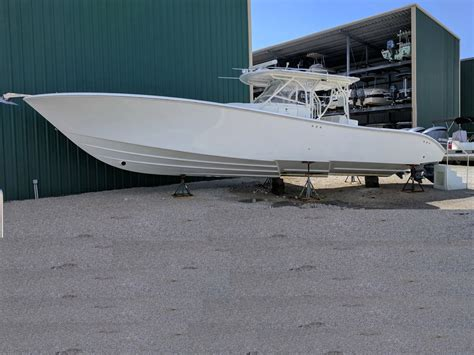 Yellowfin Fishing Boat For Sale by 2010 Used Yellowfin Offshore Center Console Fishing Boat