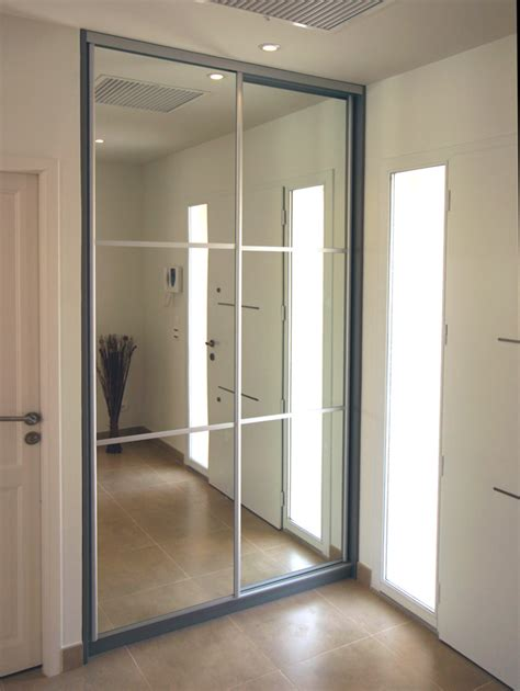 portes de placard pliantes sur mesure 14 porte de placard coulissante avec miroir spaceo