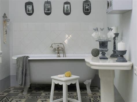 d 233 coration salle de bain vintage
