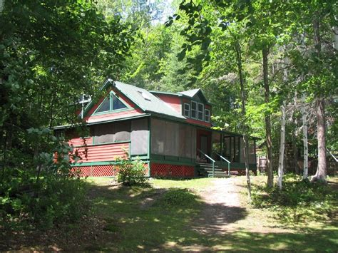 Lakeside Summer Home by Tips For Closing That Summertime Cottage Solucient Security