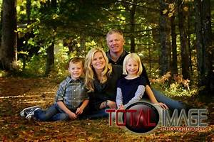 beautiful outdoor family portrait total image photography ...