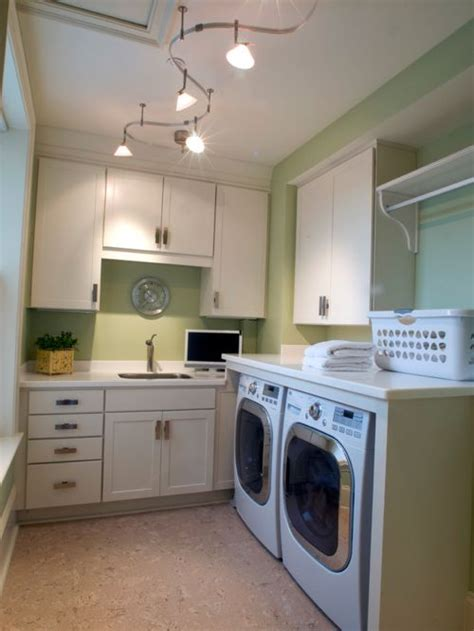 cork flooring laundry room best 20 laundry room with cork floors and an undermount sink ideas remodeling photos houzz