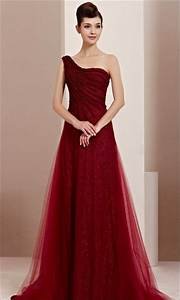 Beautiful dresses you can wear for to your bff39s wedding for Beautiful dresses to wear to a wedding