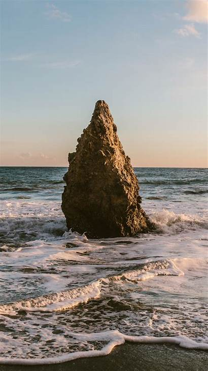 Rock Jutting Iphone Peak Wallpapers