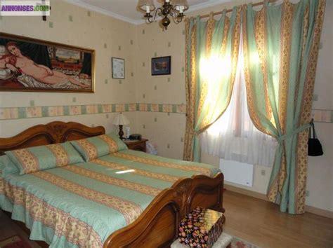 ensemble couvre lit et rideaux