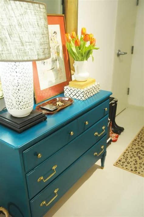 relooker armoire cuisine comment repeindre un meuble une nouvelle apparence