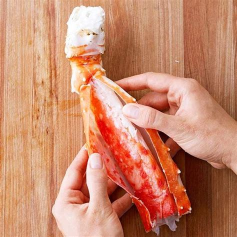 how do u cook crab legs 1000 ideas about grilled crab legs on pinterest king