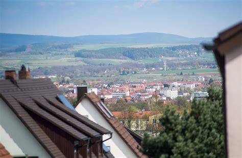 Wohnung Mieten Bayreuth Möbliert by M 246 Blierte Wohnung Mit Blick 252 Ber Die Stadt Bayreuth Mieten