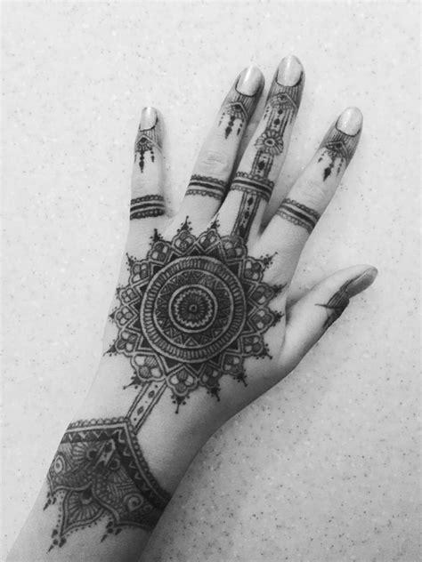 Henna sharpie drawing art mandala tattoo skin hand | ~Indie/grunge~