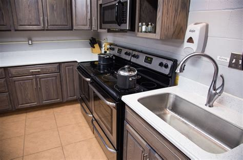 Kitchen Cabinet Refinishing Vacation Home Myrtle Beach Pismo Rentals Ft Myers Homes Small Loans For Rent By Owners Hydroponic Systems Las Vegas French Country Interiors