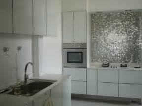 metallic kitchen backsplash metallic backsplash glamorous 2 interior design ideas