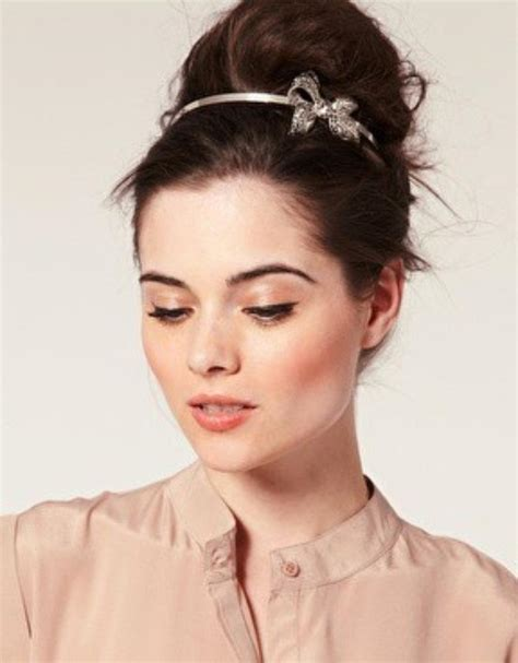 hair work styles easy updo s that you can wear to work hairstyles 4043