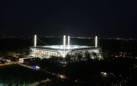 rheinenergiestadion koeln hallen und stadien
