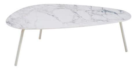table basse effet marbre table basse terramare emu effet marbre blanc pieds blancs l 108 x l 64 x h 35 made in design