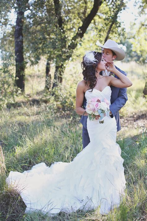 country western wedding photography an outback out west wedding cowboys and indians magazine