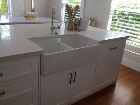 kitchen island with farmhouse sink 60 best images about kitchen diner on 8248