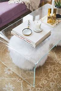 33 lucite and acrylic furniture ideas for modern spaces With small clear coffee table