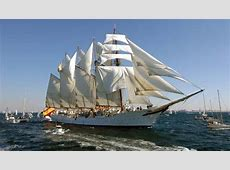 El buque escuela español Juan Sebastián Elcano llegó hoy a
