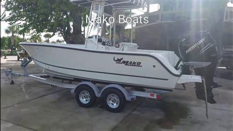 Mako Boats Bass Pro by Mako Boats Bass Pro Shops Dolphin Mall Youtube
