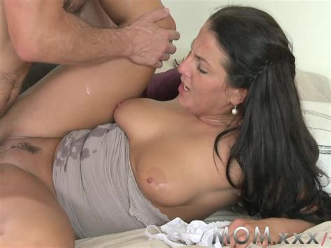 Mom Cock Loving Brunette Get Filled Free Porn Videos