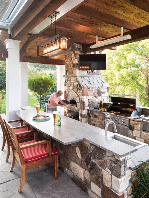outdoor kitchen  pizza oven hgtv