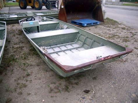 10ft Jon Boat Dimensions by Alumacraft 16 Foot Flat Bottom Jon Boat Gl Will Provide