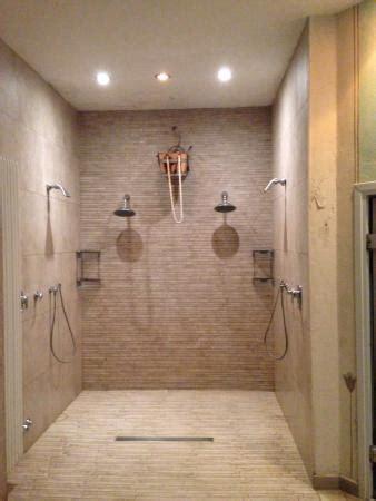 doccia scozzese docce e doccia scozzese foto di saturnia tuscany hotel